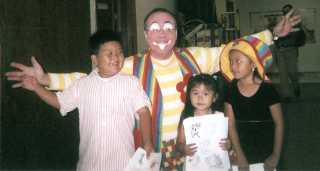 Raynbow the Clown at Christian Assembly