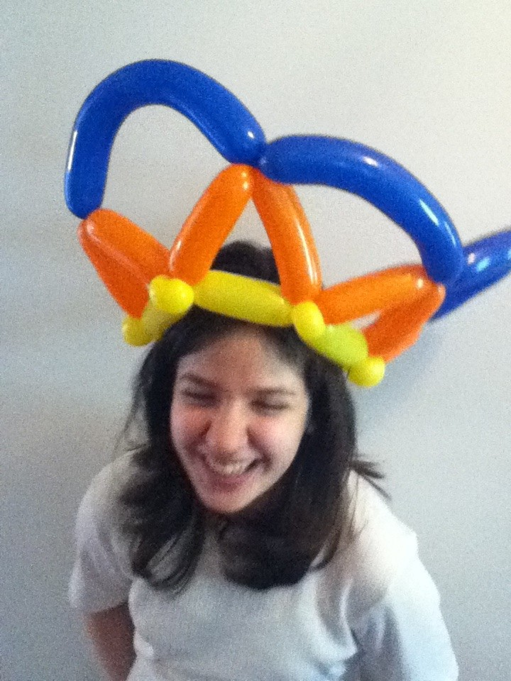 Balloon crown